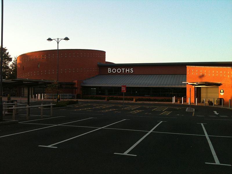 800px-Booths_Lytham